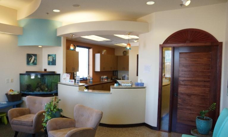 image of the front desk at i-implant dentistry | sartell mn